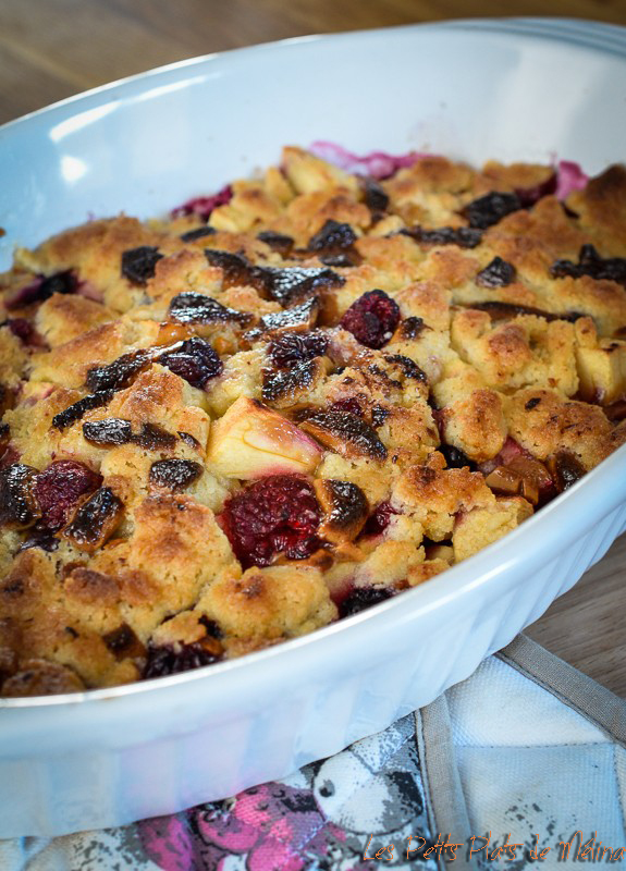 Crumble fruits rouges et chocolat - Les Petits Plats de Mélina